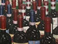 kara-paco-wine-bottle-painting
