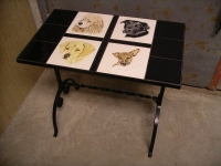 tanias-pets-tile-table