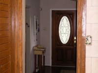 faux-oak-door-trim
